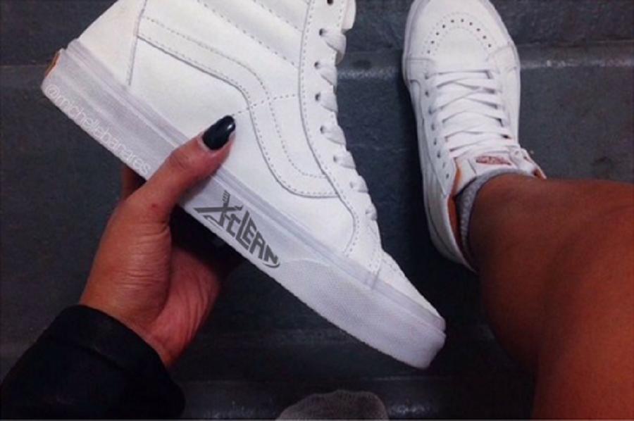 Mẹo làm sạch giày trắng