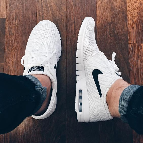 8 mẹo hay làm sạch giày trắng tại nhà