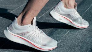 5 mẫu giày sneaker cơ bản các bạn nam nên