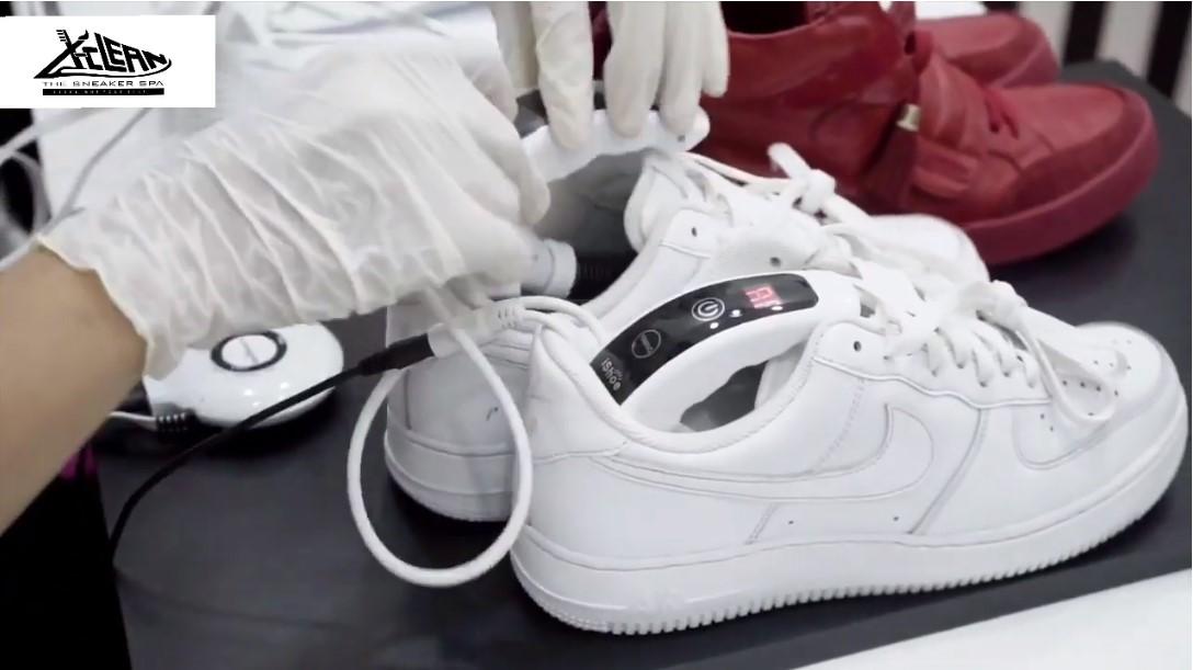 Video các bước vệ sinh giày tại X-clean