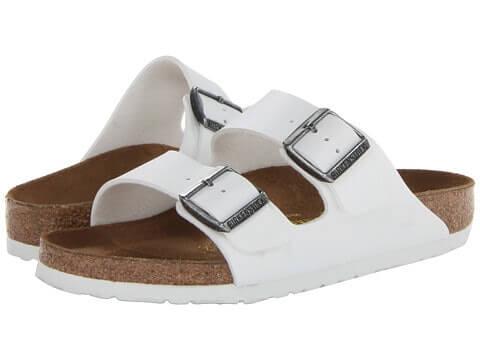 làm sạch giày da trắng