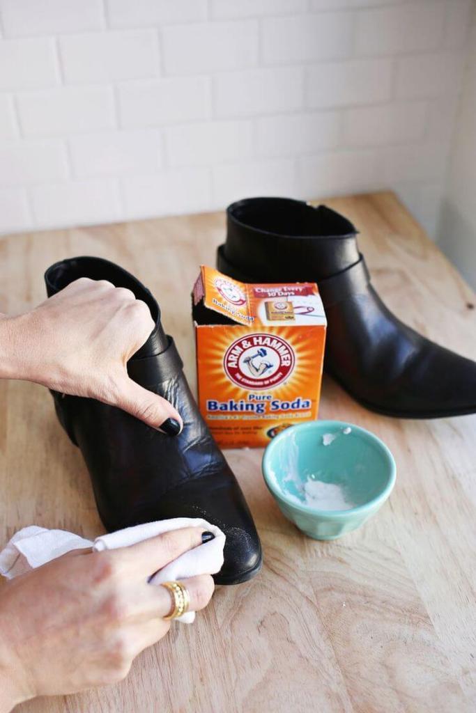 dung dịch vệ sinh giày