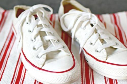 giặt giày converse