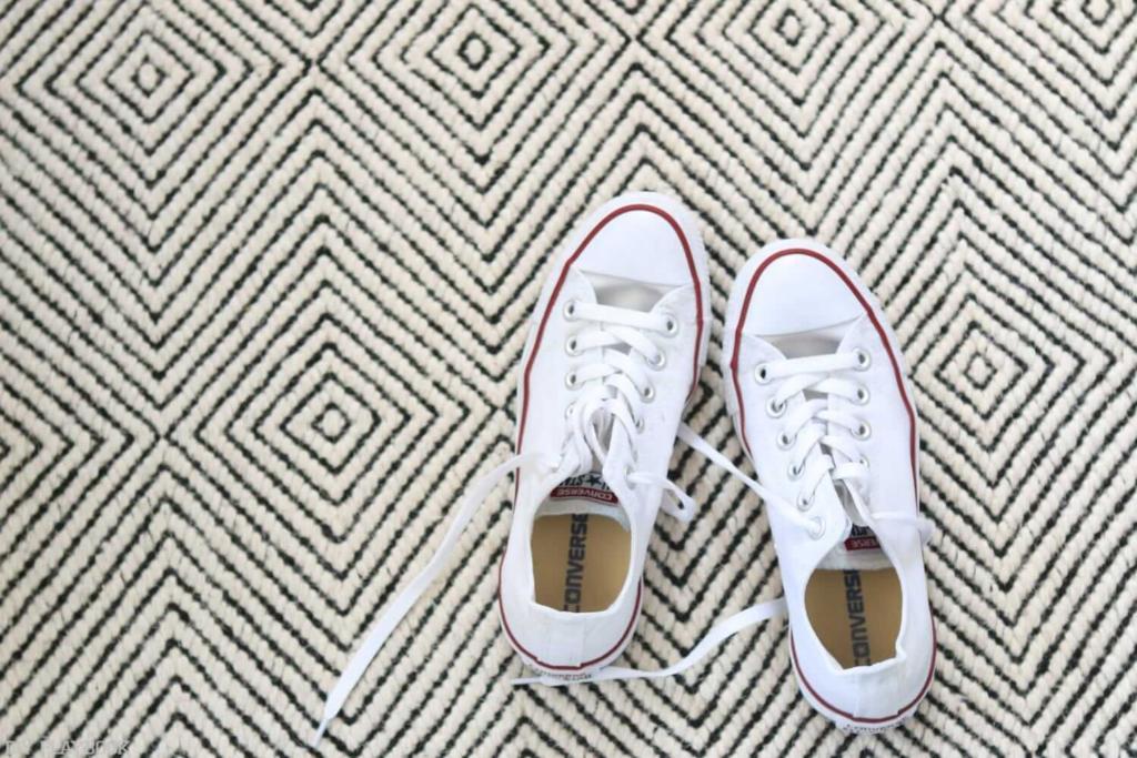 vệ sinh giày converse trắng