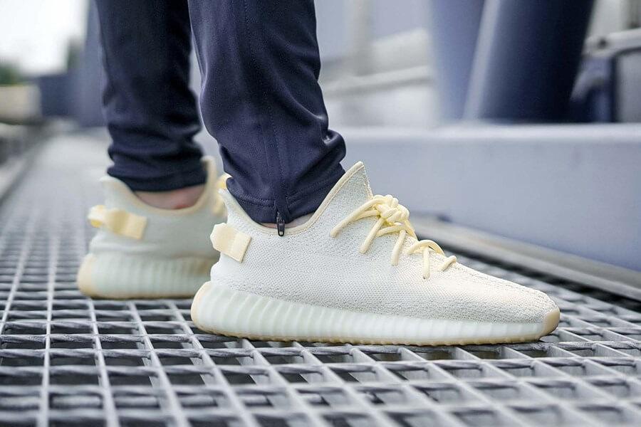 giặt giày Yeezy 3