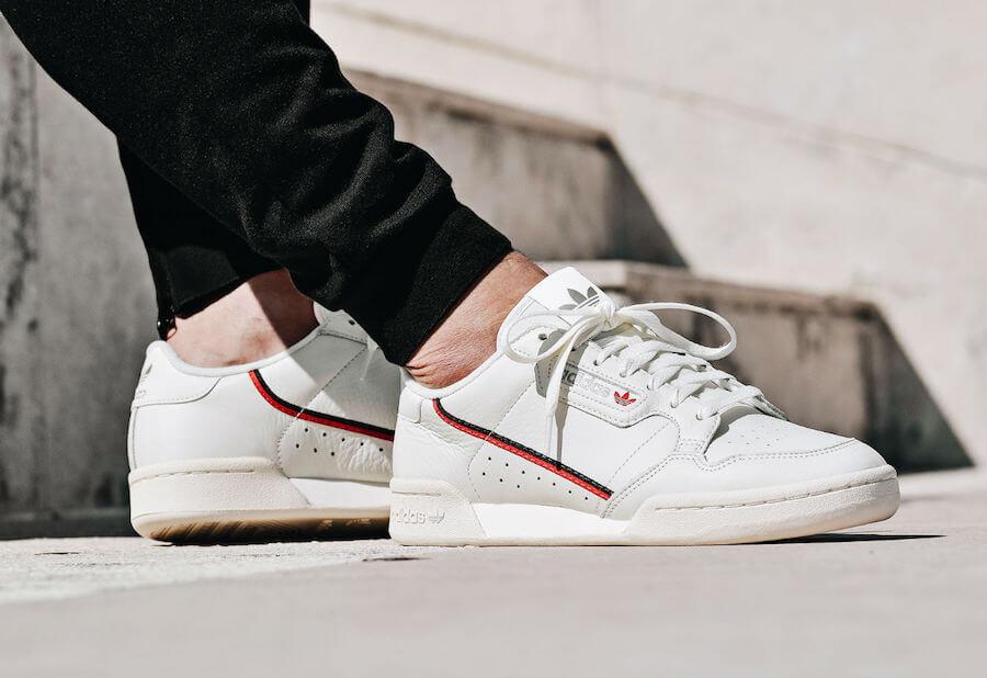 giặt giày adidas trắng 2
