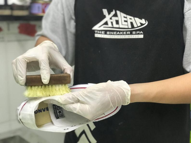 vệ sinh giày tại X-Clean