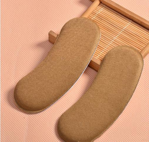 X-Clean sử dụng miếng đệm gót giày để mang giày vừa hơn - 4