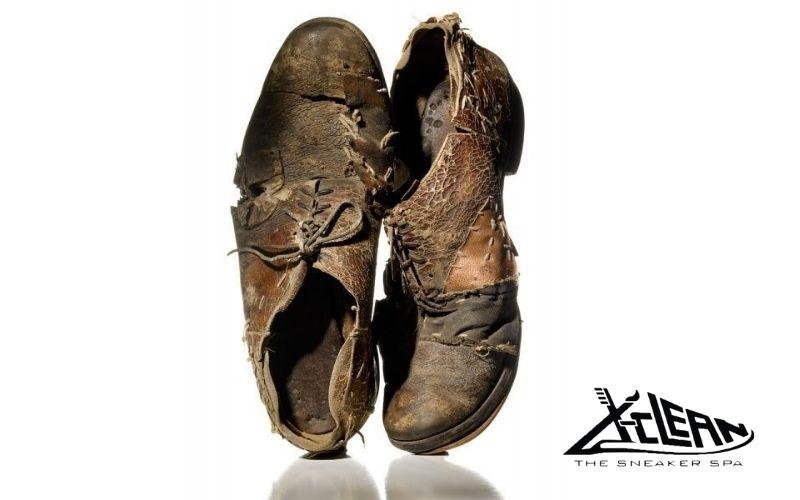 Vệ sinh giày da nam x-clean